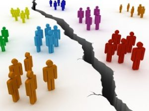 Leading Organizational Change in a Divided World